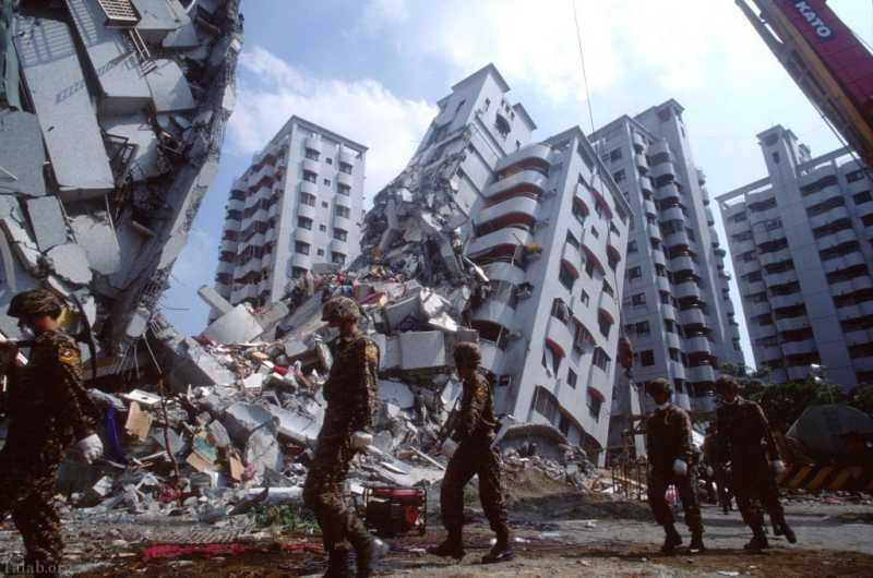 وقوع زلزله از نظر دین به چه دلیل است؟