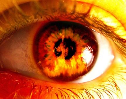چشم چرانی در حین روزه داری چه حکمی دارد؟